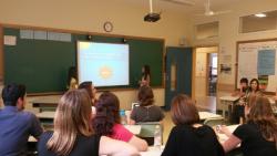 Oficina de Fluência ministrada por alunas da escola Castanheiras